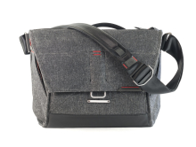 Torba Peak Design Everyday Messenger 15# 18L Charcoal – Grafitowy